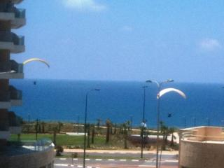 4-room apartment, 50 meters from beach,sea view - Netanya vacation rentals
