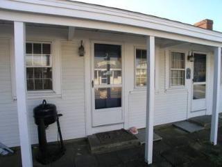Dennis Port 1 Bedroom-1 Bathroom House (Glendon Rd 110 #2) - Dennis Port vacation rentals