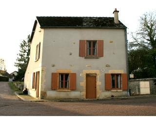 Burgundy Vacation and Holiday Rentals near Dijon - Burgundy vacation rentals