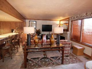 3 bedroom Apartment with Deck in Aspen - Aspen vacation rentals