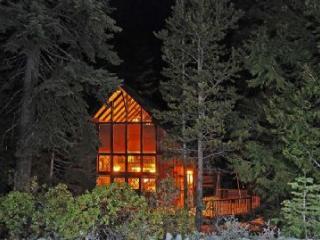 Chambers Retreat **Pet Friendly** - North Tahoe vacation rentals