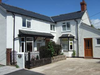 MOUNT VIEW exterior - Mount View Cottage in delightful rural Shropshire - Shrewsbury - rentals