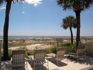2BR/2BA Oceanfront Villa with Great Views of the Ocean, Beach, and Pool - Hilton Head vacation rentals