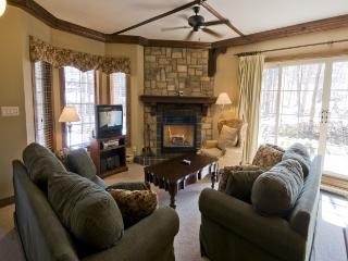 Mont Tremblant 2 BR/2 BA House (Les Manoirs   106-9) - Quebec vacation rentals