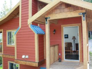 Eagle Creek Guest Cabin - Nelson vacation rentals