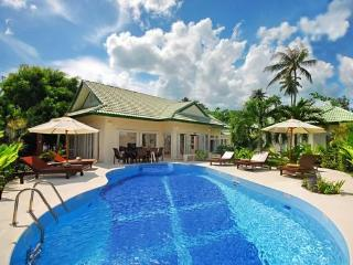 Baan Suay 4 Bedroomed Luxury Beach Villa - Koh Samui vacation rentals