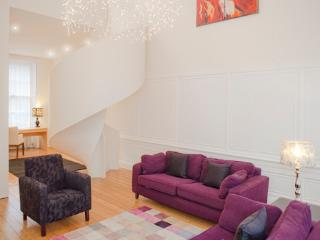 The Old Chapel @ George Square - Edinburgh vacation rentals