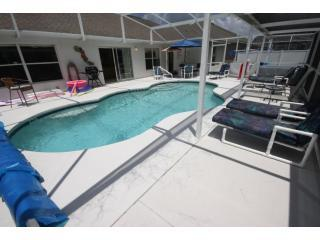 Sparkling Pool - Wheelchair Accessible Luxury Home with Private Pool, Hot tub, Pool Lift, Ramps and More - Orlando - rentals
