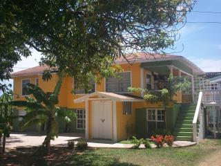 The Pearl Family Home re vamped! Ask for specials! - Bay Islands Honduras vacation rentals
