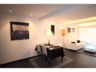 Dining area - KURSAAL Apartamentos Okendo- GET INSTANT CONFIRMAT - San Sebastian - Donostia - rentals