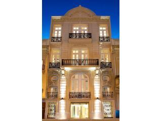 Building Fascade Night - Studio w/private patio in Recoletas Finest Mansion - Buenos Aires - rentals