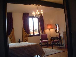 bedroom 1 - Views of Italy apartments - Bologna - rentals