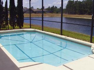 Sunset Lakes, Kissimmee. Private & security gate - Kissimmee vacation rentals