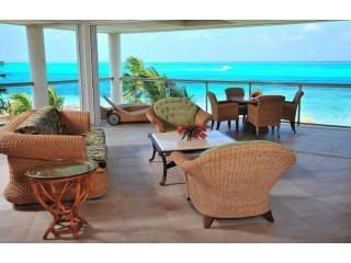 penthouse living room, amazing views - Developers own penthouse directly on the finest snorkelling reef on Grace Bay - Providenciales - rentals