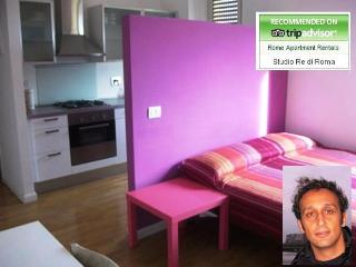 Romantic 1 bedroom Rome Apartment with Internet Access - Rome vacation rentals