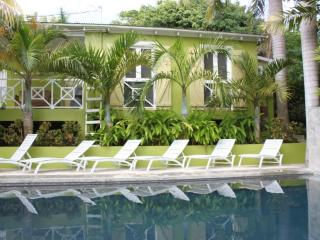 Palm Cottages - The Palm Cottage - LUSH TROPICAL OASIS - Isla de Vieques vacation rentals