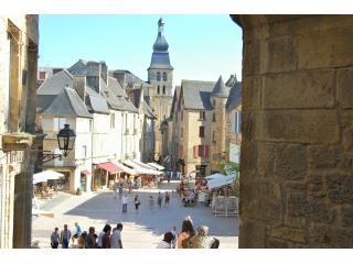 Sarlat town square - Les Combles character apartment in medieval Sarlat - Sarlat-la-Canéda - rentals