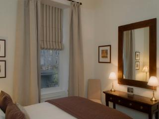 The West End Retreat @ Lynedoch Place - Edinburgh vacation rentals