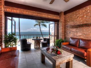 Perfect 1 bedroom Condo in Puerto Vallarta - Puerto Vallarta vacation rentals
