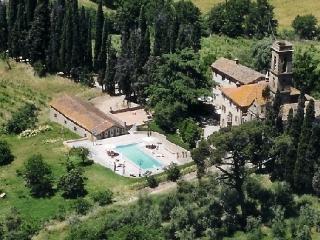 Castello San Savino Castle  rental in Monte Savino tuscany  italy - Ciggiano vacation rentals