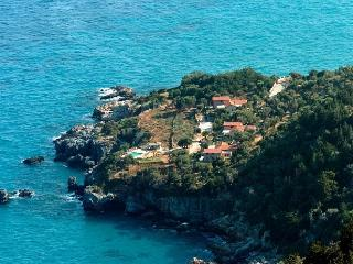 Samos Estate - Entire property Samos luxury rental estate - Greece - Karlovasi vacation rentals