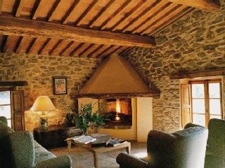 Villa Antimo holiday villa in Castelnuovo - Tuscany - Rent villa in Castelnuovo - Castelnuovo dell'Abate vacation rentals
