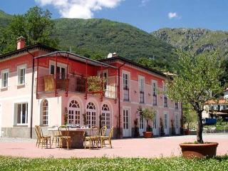 Villa David rent villa Menaggio - Lake Como - Pianello del Lario vacation rentals