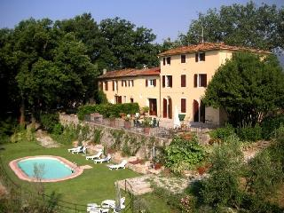 Villa Raffaello Villa  rental  in Pistoia near Florence, Tuscany - Pistoia vacation rentals