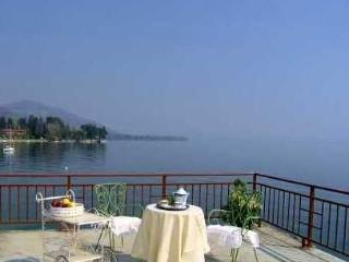 Villa Statal Lake Maggiore villa fo rent - Rent this house with Rentavilla.com - Lake Maggiore vacation rentals