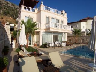 Villa Jamera, relax in luxury, 3 mins from the sea - Kalkan vacation rentals