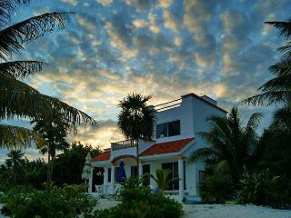Nice Villa with Deck and Internet Access - Tankah vacation rentals