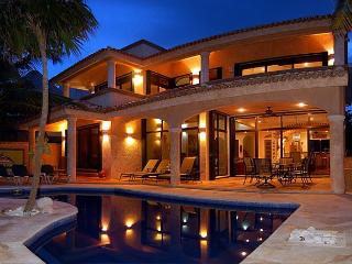 4 bedroom Villa with Internet Access in Akumal - Akumal vacation rentals