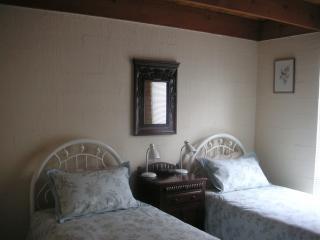 Bungunyah Historic Property: Cotton Villa Unit - Croydon vacation rentals