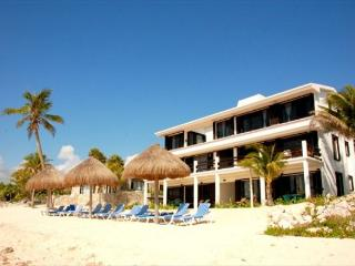 Penthouse Unit on the third floor with amazing views! - Akumal vacation rentals