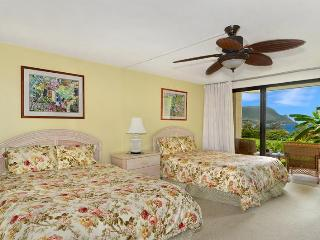 Unobstructed Hanalei Bay Ocean View studio - Haena vacation rentals