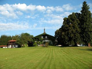 Rechetsberg Manor! Surrounded by a beautiful park! - Romantic holiday home in Bavaria with scenic view - Weilheim in Oberbayern - rentals