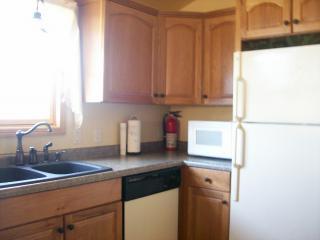 Cozy Cottage on Lake Tomahawk near Minocqua! - Minocqua vacation rentals