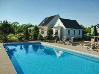 CLASSIC VINEYARD HOME ON THREE ACRES WITH POOL - EDG KHAN-34MH - Martha's Vineyard vacation rentals