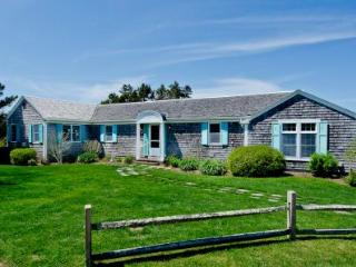 HERRING CREEK FARM: VINTAGE WATERFRONT CHARMER WITH POOL AND PRIVATE BEACH - KAT MCOH-01 - Martha's Vineyard vacation rentals