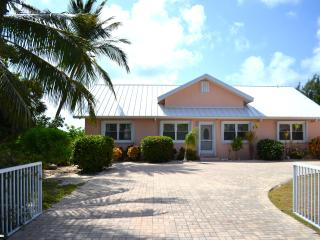 Windward Cove:  A Private East End Villa & Beach - Gun Bay vacation rentals