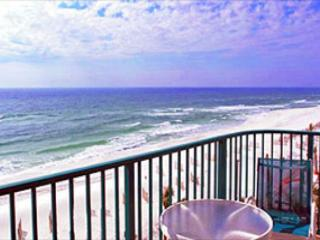 BEACHFRONT FOR 6! OPEN WEEK OF 4/18-4/24 - 10% OFF - Destin vacation rentals