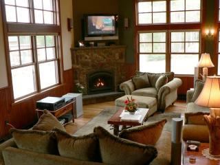 Gorgeous 4 bedroom Lake Placid Condo with Internet Access - Lake Placid vacation rentals