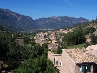 Stunning village house in Fornalutx, Mallorca - Fornalutx vacation rentals