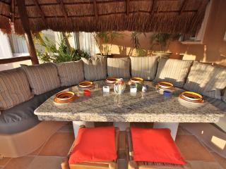 Villa del Mar B 304- Casa Familia - Puerto Aventuras vacation rentals