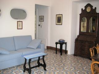 The living room with the sofa bed - Romantic atmosphere: Butera28 Apartment #13 - Palermo - rentals