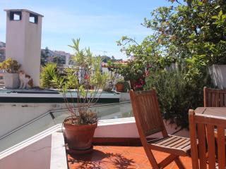 Casa Pátria - Private Garden Terrace, Free Wifi - Lisbon vacation rentals