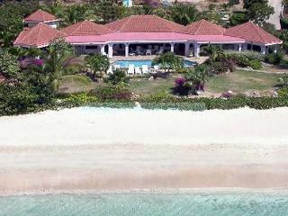 All 4 bedrooms have double- sea vistas, an open onto a natural stone terrace. VG DRE - Mahoe Bay vacation rentals