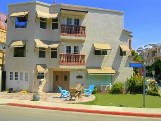 Upscale 1 or 2 Bedrooms - Highly Reviewed! - Catalina Island vacation rentals