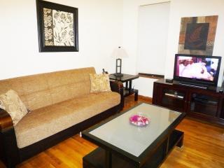 Valentine Rentals@ W180th St-Beaut 3 Bed/1.5 Baths - New York City vacation rentals