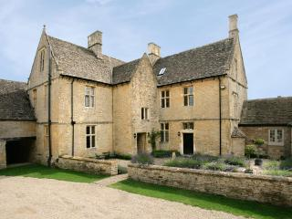 Charming House in the English Countryside Near a Village - Gretel's Cottage - Stow-on-the-Wold vacation rentals